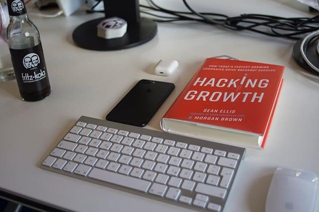 Reposting @graphcms: Hacking Growth - great read!⠀ ⠀ #startup #programming #developer #javascript #cms #nofilter #graphql #api #coding<br>http://pic.twitter.com/wBSzJPN5ld