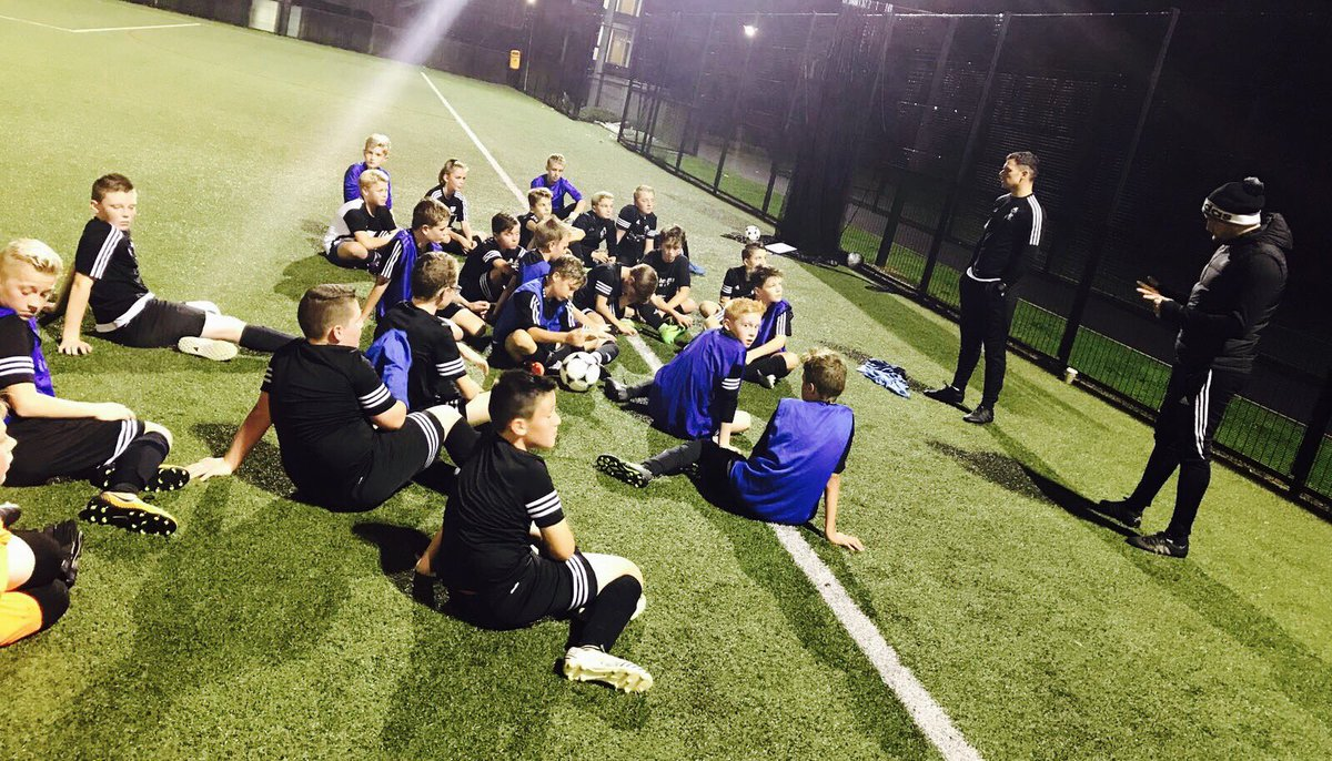 Super night at training  Thank You @wims11 for making the trip across, very competitive games for our U9s &amp; U10s #Opportunity <br>http://pic.twitter.com/OcC1tGcIrS