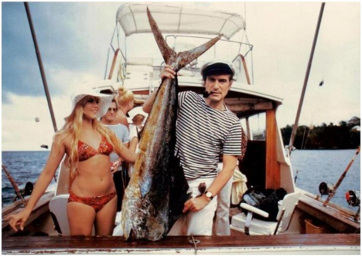 Came across the picture today. Taken in Miami, FL they say. #oldskoolcool Just thought it was interesting. #fishing <br>http://pic.twitter.com/tMffRMq9SV