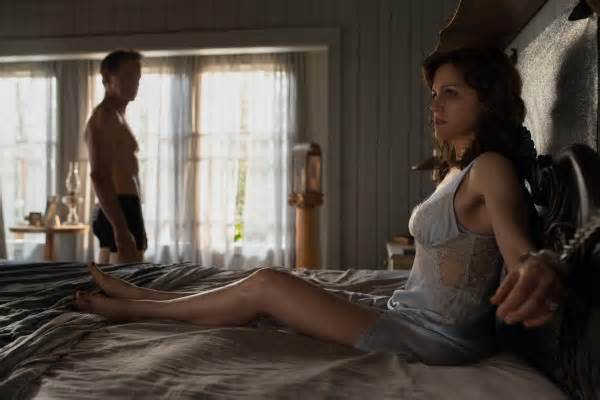 'Gerald's Game' Review: Carla Gugino Shines in a Stunning Stephen King Adaptation #gerald #review #carla #gugino…  http:// dlvr.it/PqQ4TM  &nbsp;  <br>http://pic.twitter.com/OMQz7BBfHB