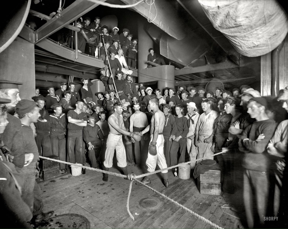 A photo of sailors boxing on the USS Oregon in 1897 #boxing #history @USNavy<br>http://pic.twitter.com/aoBGKBasuT
