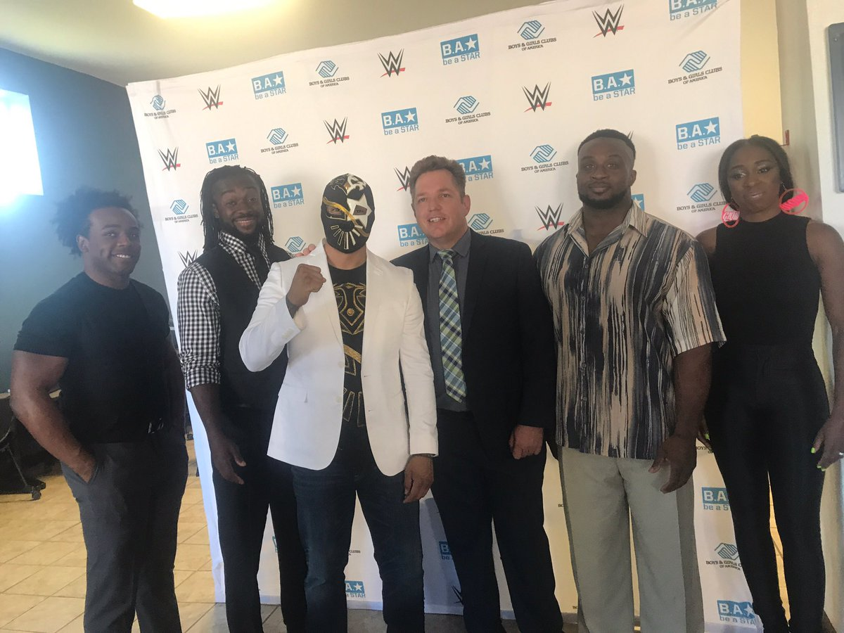 Ktsm 9 News On Twitter Members Of The Wwe Including Sin Cara Visit