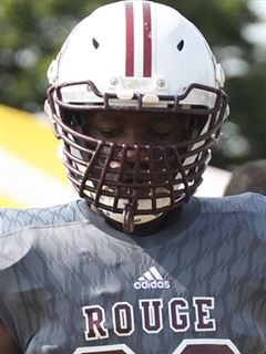Michigan DE/OLB sets #Wisconsin visit.   http:// bit.ly/2whEY4I  &nbsp;   (VIP) #Badgers<br>http://pic.twitter.com/wI7hPV5dS5