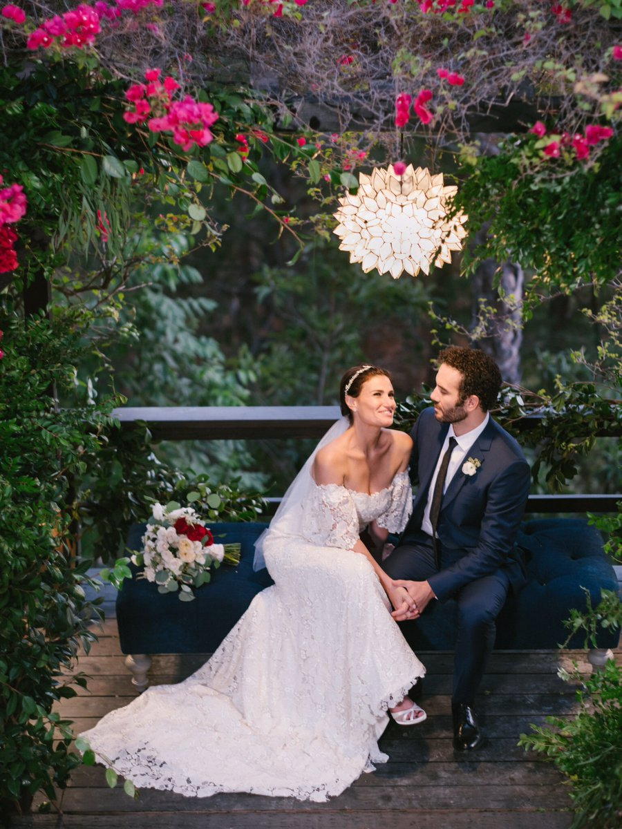 Idina menzel on twitter thank you to everyone who helped make my idina menzel on twitter thank you to everyone who helped make my wedding day so special httpst6enbv3nzww junglespirit Choice Image