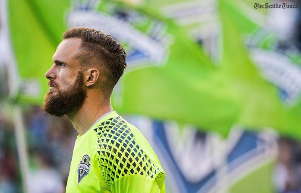 From @GeoffBakerTIMES: #Sounders' Stefan Frei says Trump 'needs to look at himself … and choose to be our leader'  http:// bit.ly/2xBoXd3  &nbsp;  <br>http://pic.twitter.com/2YpBoVt2vC