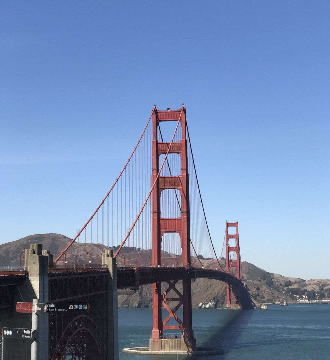 Either side of the #goldengatebridge today in #SanFrancisco <br>http://pic.twitter.com/YCM9CD7o6V