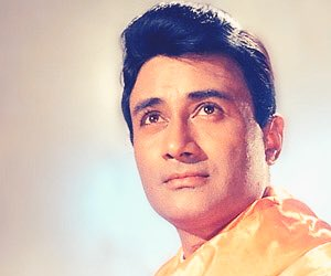 #HappyBirthday  The Evergreen DEV ANAND Beloved for his urbane charm, he acted in the masterpiece Classics like #Guide,#Jaal &amp; #JewelThief <br>http://pic.twitter.com/ovvCpIbz3P