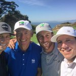 This selfie is brought to you by the #YOCH3 cliffs team 🙌⛳️💯