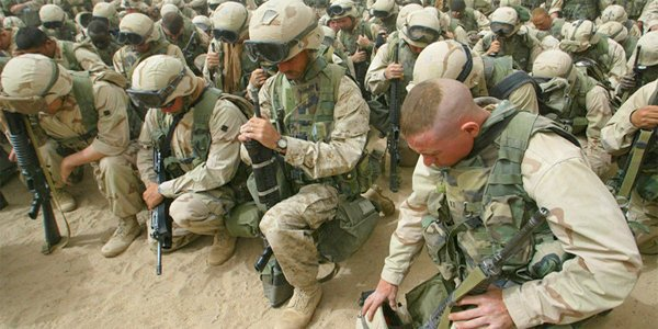 If you&#39;re going 2 kneel, #TakeAKnee in prayer to #God, not for televised #NationalAnthem that sings of #USA #unity<br>http://pic.twitter.com/weFcih8VgM