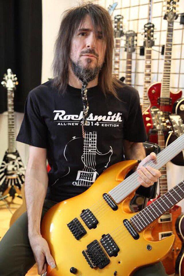 Sept 25th 1969 @bumblefoot former guitarist with @gunsnroses was born!! #HappyBirthday #HardRock #HeavyMetal<br>http://pic.twitter.com/QCCqVnnKX2