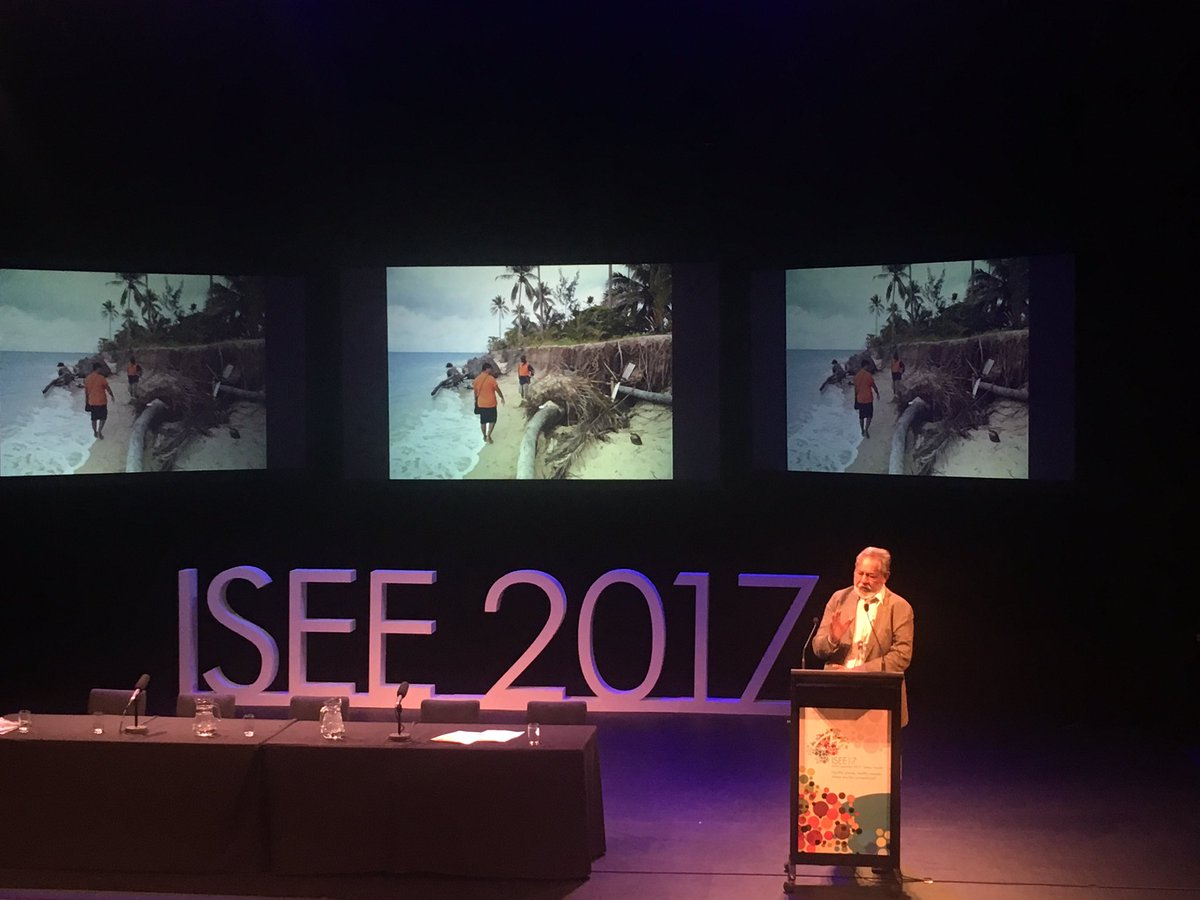 Great to see #climatechangeandhealth featured prominently at #isee17  inc at the local level #sids #climatechange #communitydevelopment <br>http://pic.twitter.com/bNctI8oYYl