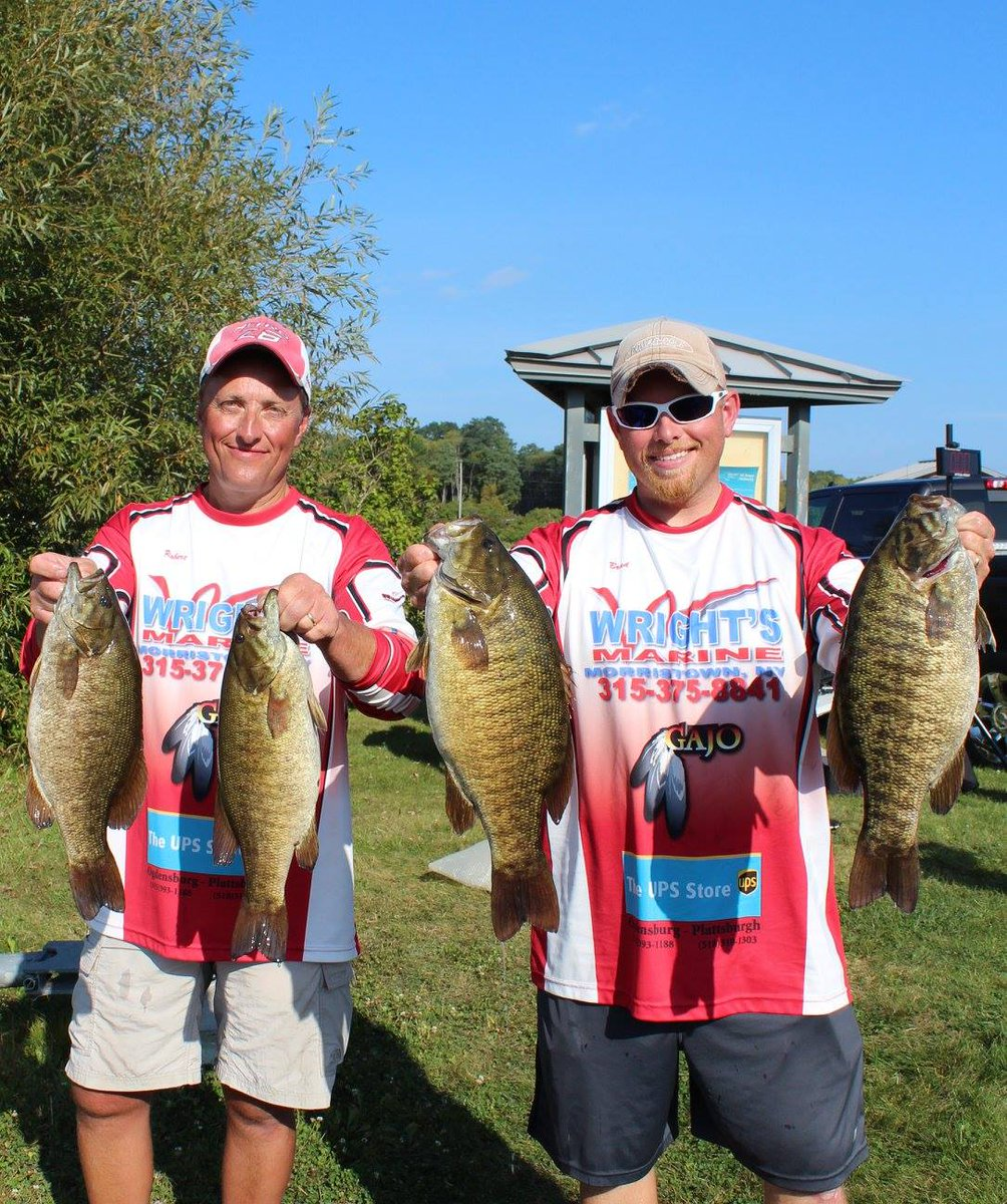 2nd place with 35.09 lbs with @exhiker2bass #Largemouth #Smallmouth #bassfishing <br>http://pic.twitter.com/vspudITkDv