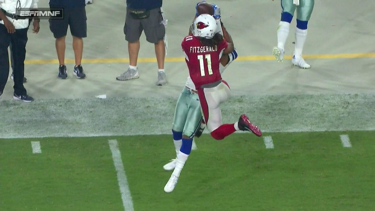 Larry Fitzgerald! 😱😱😱  WHAT A CATCH! 😱😱😱 https://t.co/0coS07FLkU