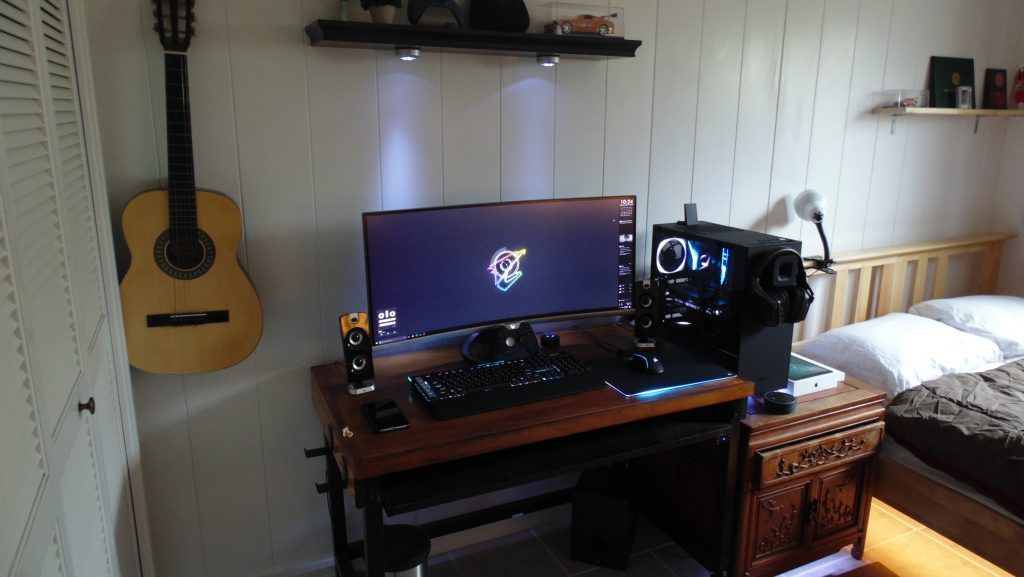College Battlestation  https:// buff.ly/2x86jcz  &nbsp;   #battlestations #pceyecandy #mancave #pcmasterrace #battlestation #pcmr #gamers<br>http://pic.twitter.com/I5SJoLh59H