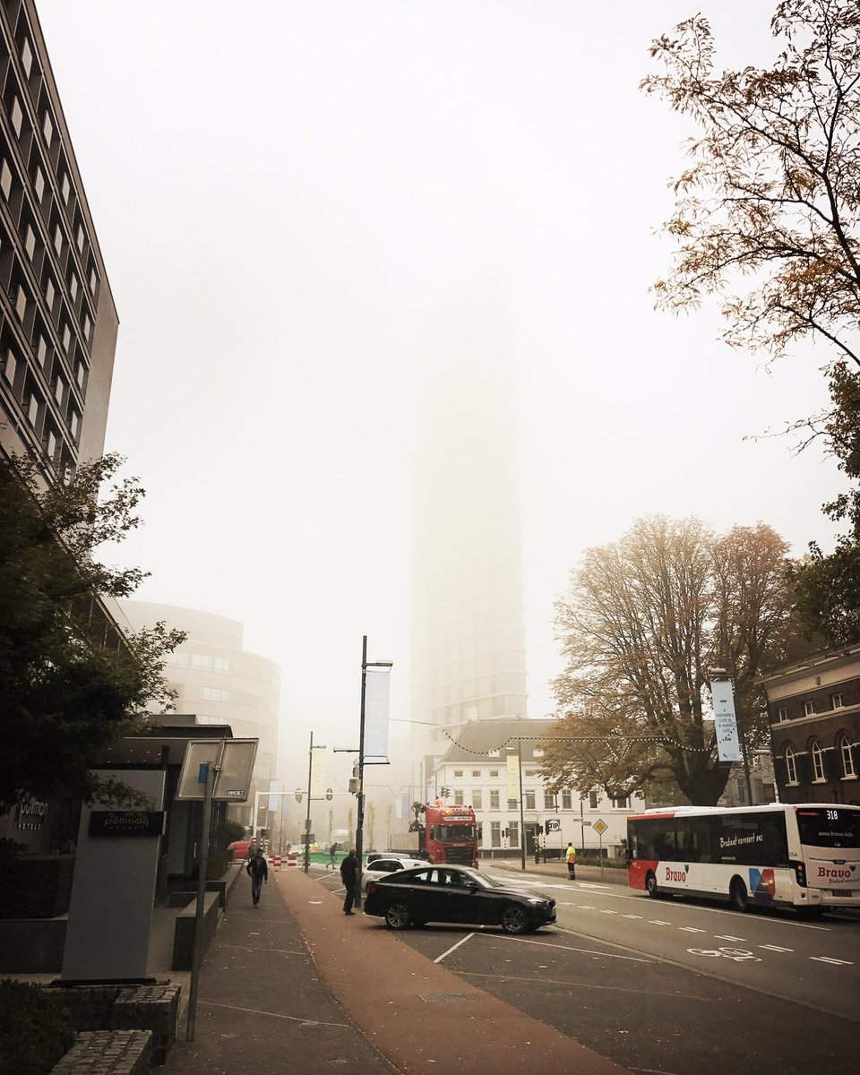 #Eindhoven touches the sky! Foggy morning. @HolExpatCenter<br>http://pic.twitter.com/uPXzjMrF1Y