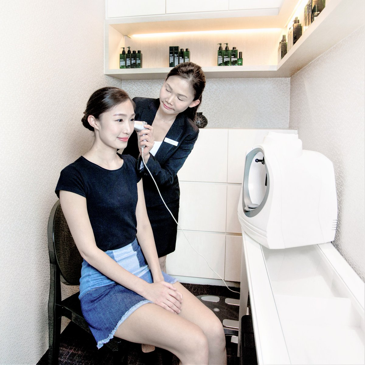 Head down to DrSpa® TANGS @ Tang Plaza, Level 4 and enjoy a complimentary Skin Analysis! #DrSpa #Skinanalysis https://t.co/r22NRkhbW4
