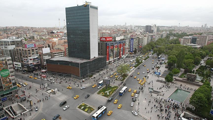 #Ankara, #İstanbul'u 445 TL geçti https:...