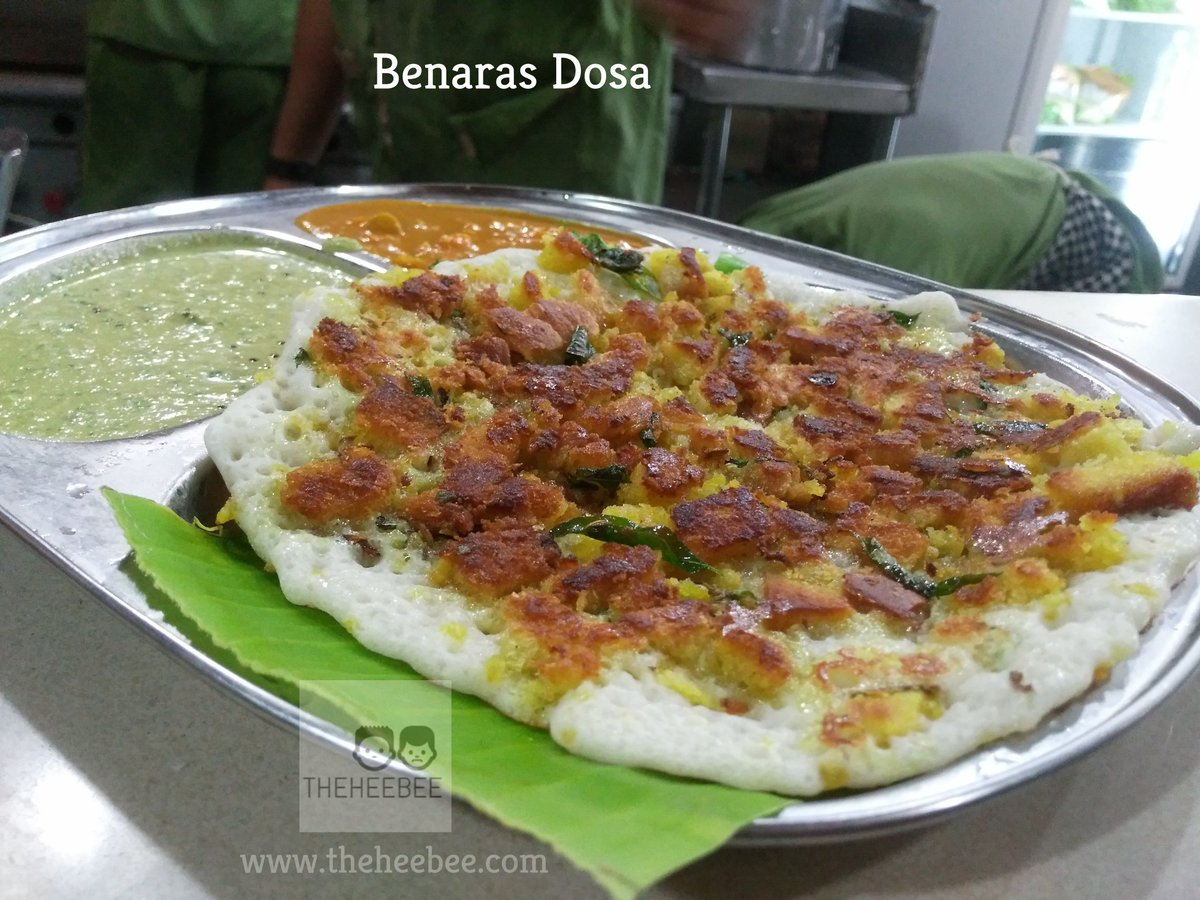 You will love this Benaras Dosa at Ganesh Darshan, Jayanagar. Its a fusion of Uttapa and Bread crumbs! #nammabengaluru #foodie #foodblogger<br>http://pic.twitter.com/xNAGgZTAte