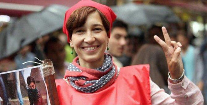 Nuriye Gülmen haber verilmeden yoğun bakıma alındı! Sosyal medyada zor...