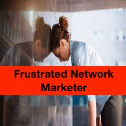 All frustrated #NetworkMarketers need to read this blog post RIGHT NOW!  http:// dld.bz/fJSuF  &nbsp;  <br>http://pic.twitter.com/1cmfVlPOT7