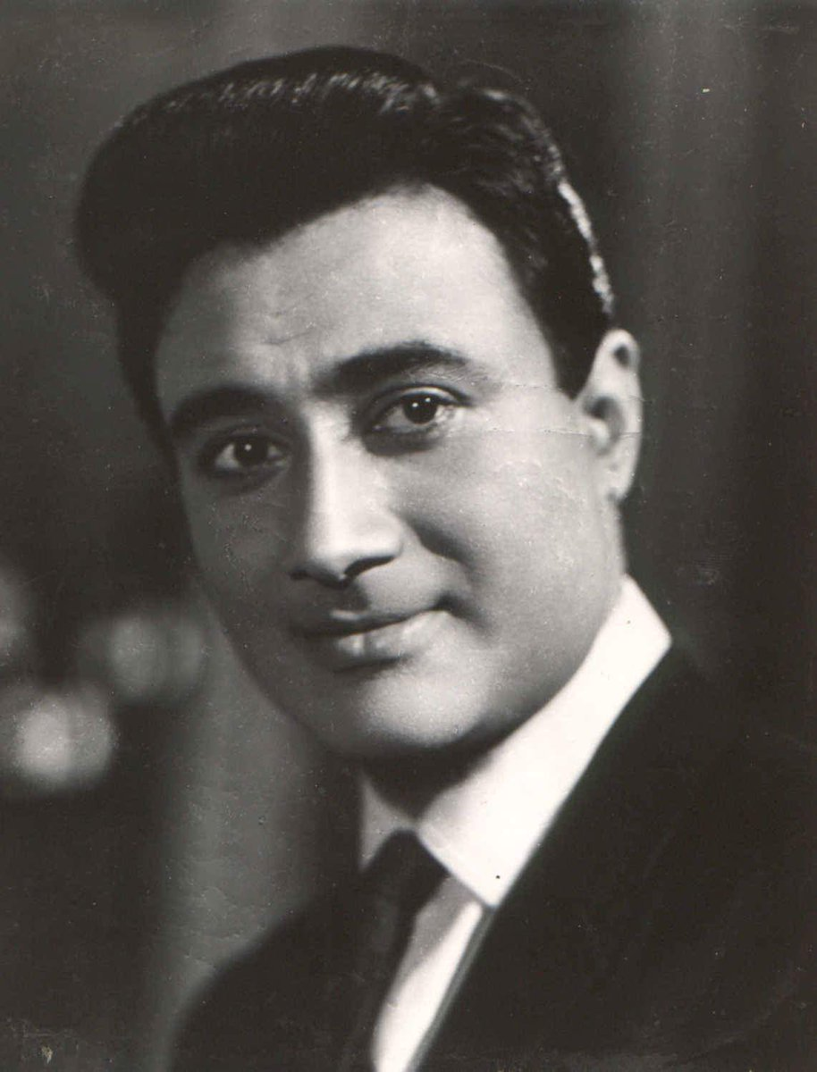 Remembering #Bollywood&#39;s evergreen actor #DevAnand on his birth anniversary! Tell us your favourite #DevAnand movie. <br>http://pic.twitter.com/nfoi1J722Y