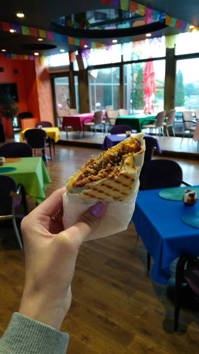Try beef burrito @mexicanaminsk #lunch #menu #breakfast #tasty #minsk #mexican #belarus #amazing #delicious #alwaysopen #city #centre #come<br>http://pic.twitter.com/RJ0siWxJPF