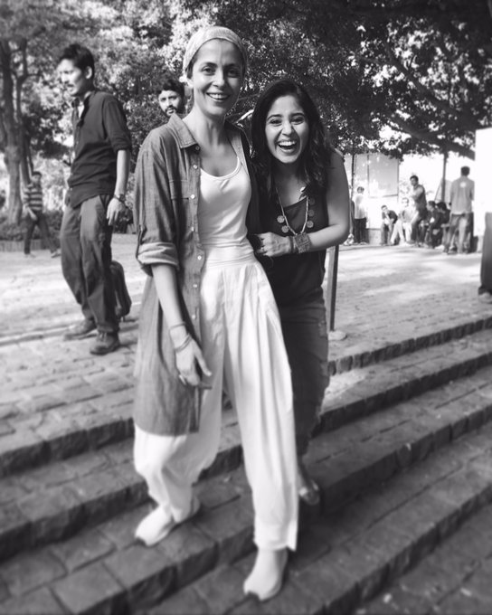 It's been an absolute pleasure to work with you @nitya_mehra 💖 Done with my episode for #MadeInHeaven ,now it's time for #Mirzapur ! 💣 https://t.co/tRHyKrOdTR