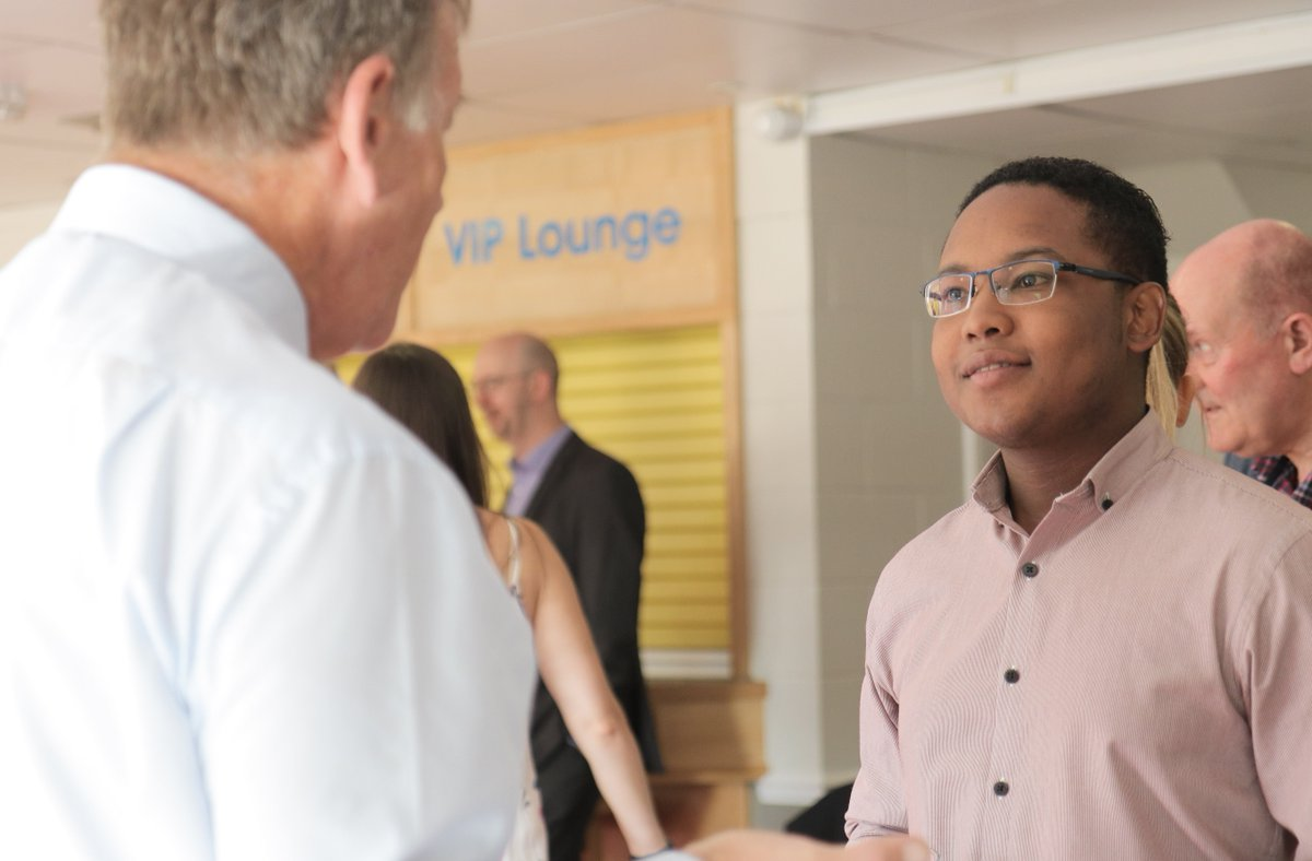 Networking for the first time? Let us know and we&#39;ll help make your first introductions  http://www. lincolnbusinessclub.co.uk / &nbsp;   #networking #LincsConnect <br>http://pic.twitter.com/mBVuUqJMDC