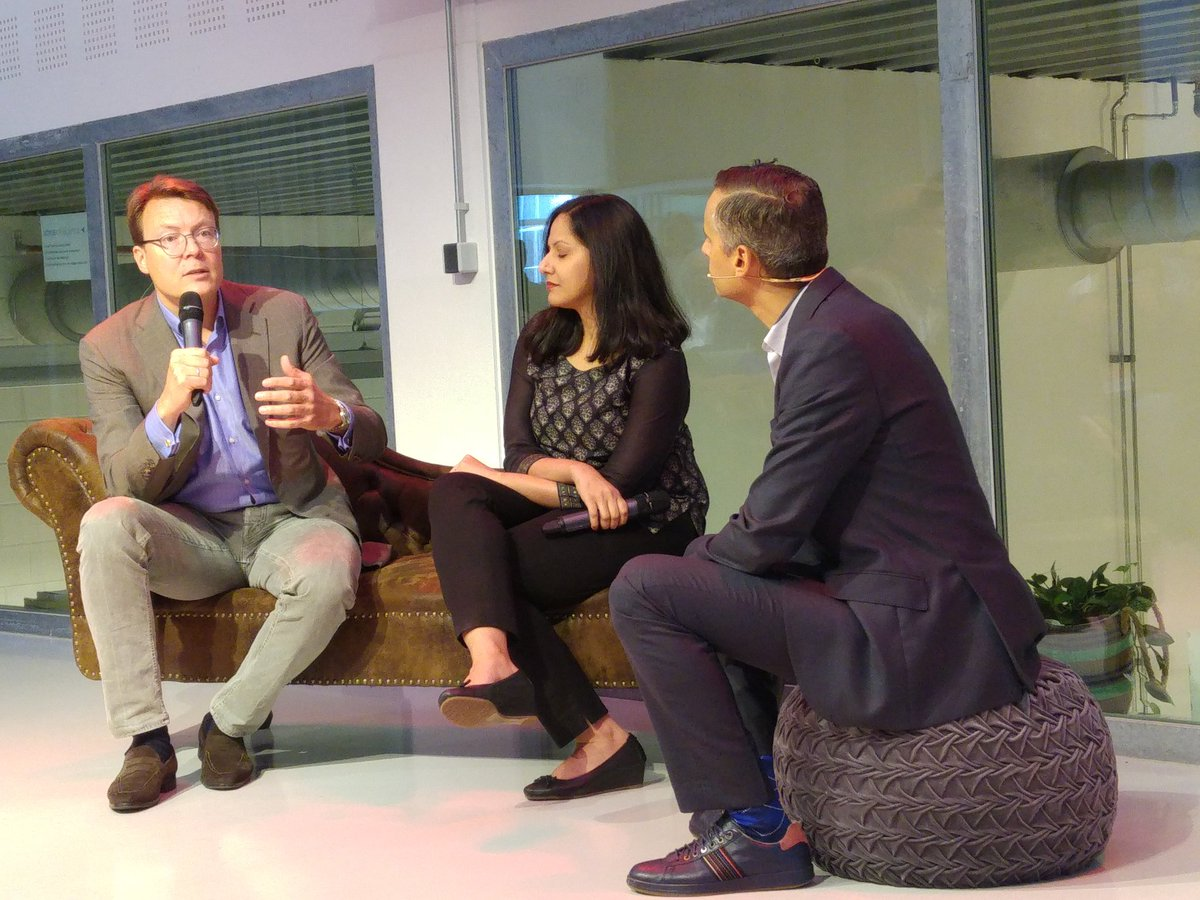 .@constantijn14 at #ImpactSF17 &#39;We have to get away from the unicorn #startup story &amp; how much money you raise. It&#39;s about #impact at scale&#39; <br>http://pic.twitter.com/Z1tCMs3NYr