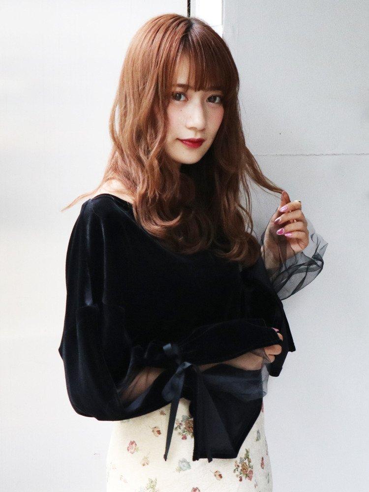 【NEW ITEM】 今流行りの袖コントップス❤️ ほどよい肌魅せで女っぽく♡ ベロア×チュールの最強アイテム💐