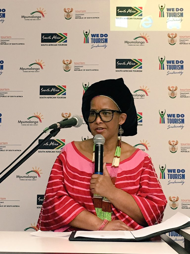 Minister of Tourism, Tokozile Xasa gives a keynote address ahead of the panel discussion. #WeDoTourism #TourismMonth<br>http://pic.twitter.com/XmtDlV2BdX