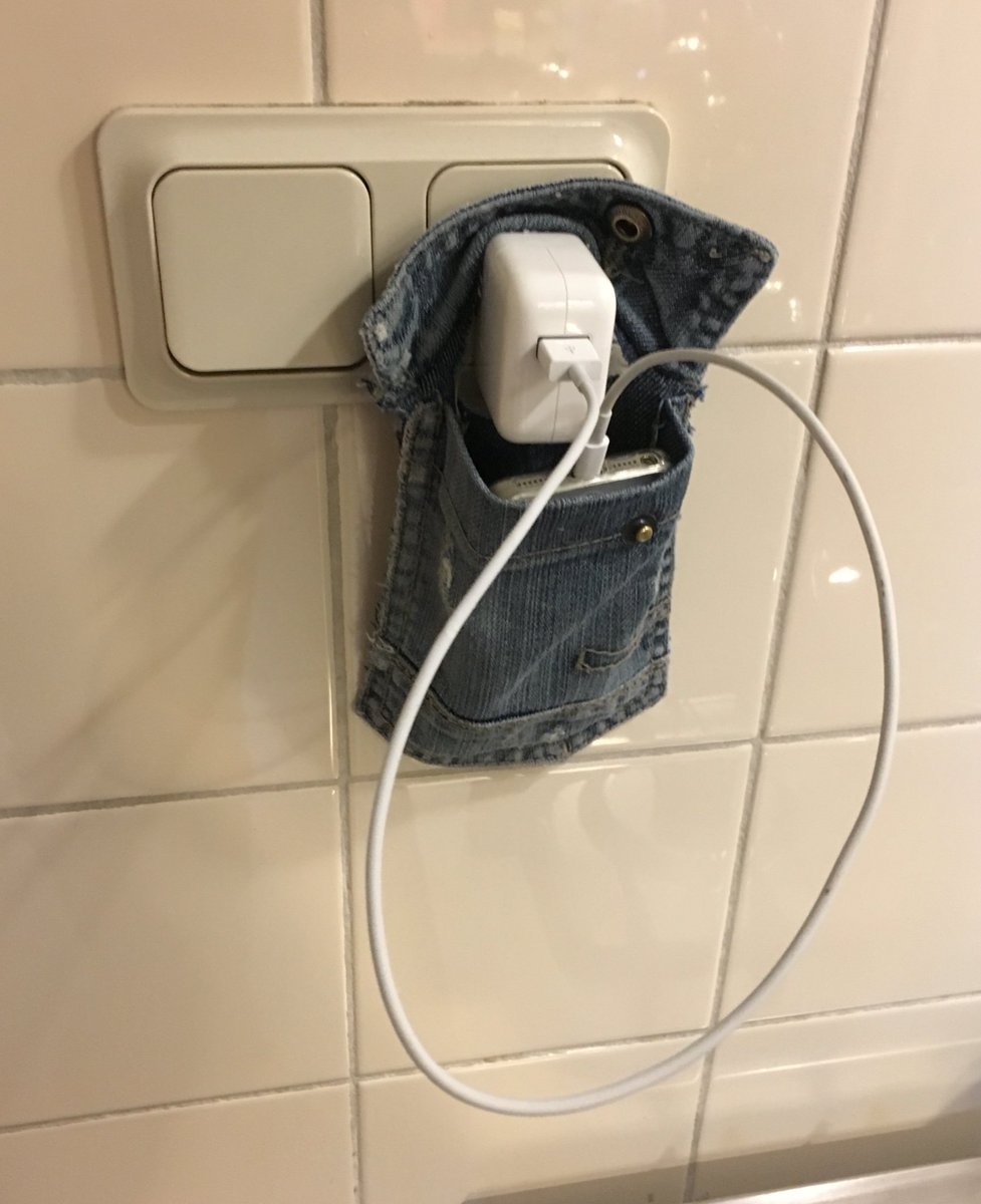 My son (10) found a great way to recycle his old jeans backpocket... the chargepocket! #apple #recycle <br>http://pic.twitter.com/JOjqDu1wWb