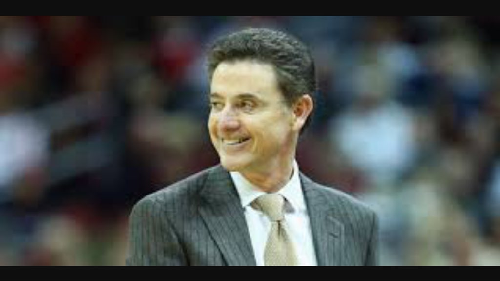 I&#39;m not good at this cheating thing. #FBI #Louisville<br>http://pic.twitter.com/hzEIEZ3eGM