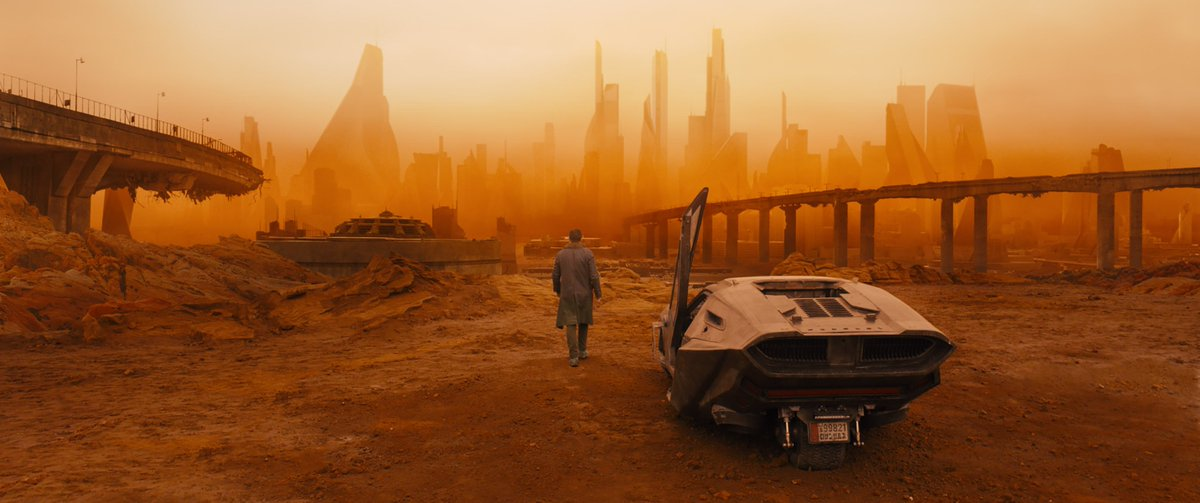 .@BladeRunner 2049 is phenomenal. Visually mind-blowing sci-fi w/ noir roots shining through in a tight, twisty mystery. Best of 2017 so far https://t.co/kT4ZzWWlOQ