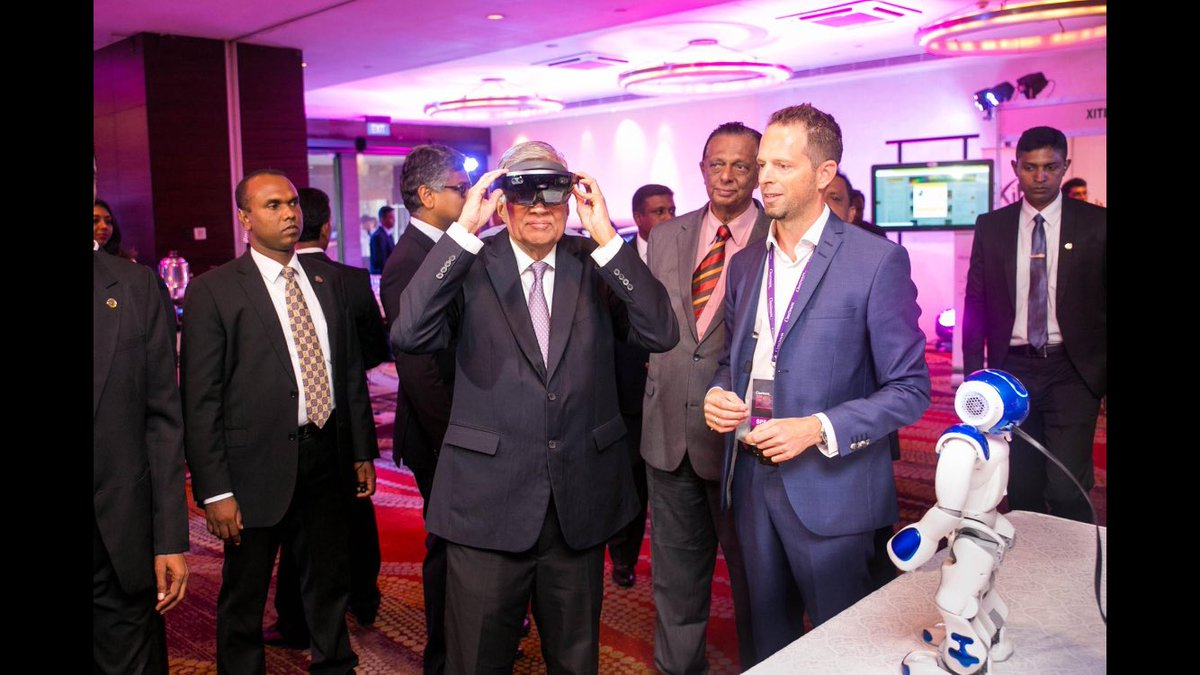 Honored to meet the Primeminister of #SriLanka at #CinnamonFOT @CinnamonHotels @trendone #Futureoftourism #AR #Robotics <br>http://pic.twitter.com/1iJryFBY3k