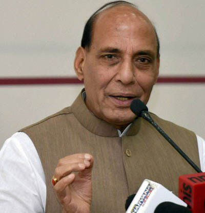 Over 70,000 missing children rescued under MHA drive: #Rajnath  http://www. dailyexcelsior.com/over-70000-mis sing-children-rescued-under-mha-drive-rajnath/ &nbsp; … <br>http://pic.twitter.com/QrYi8edxjN