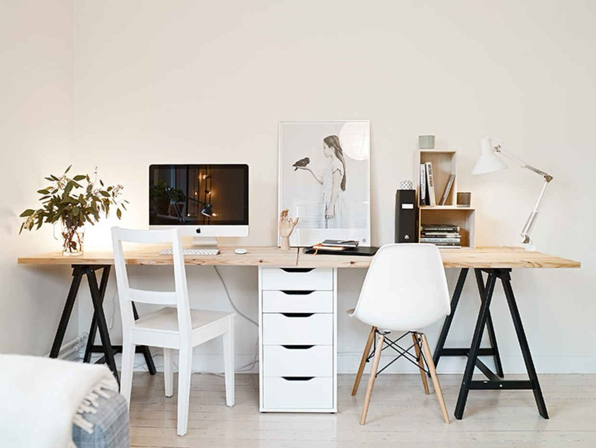 DIY Desks You Can Make In Less Than a Minute (Seriously!) #homeoffice #workfromhome   https:// buff.ly/2wTUzHc  &nbsp;  <br>http://pic.twitter.com/pO7FmIsYBi