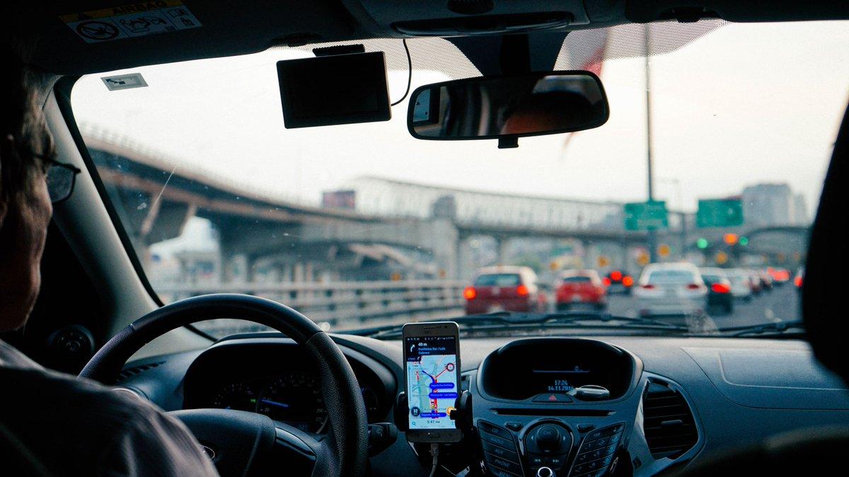 Яндекс такси новосибирск телефон диспетчера
