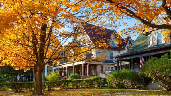 Why Fall Might be the BEST Time to Buy a House!  via thelightersideofrealestate   http:// ow.ly/xNr930fntzI  &nbsp;   #Realtor #RealEstate #HomeBuyers<br>http://pic.twitter.com/lZzWnxawgM