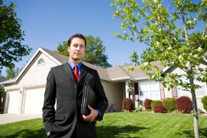 Social Media Marketing Tips for Real Estate Agents  http:// cstu.co/4a9323  &nbsp;   #socialmedia #marketing<br>http://pic.twitter.com/YXf65BImU6