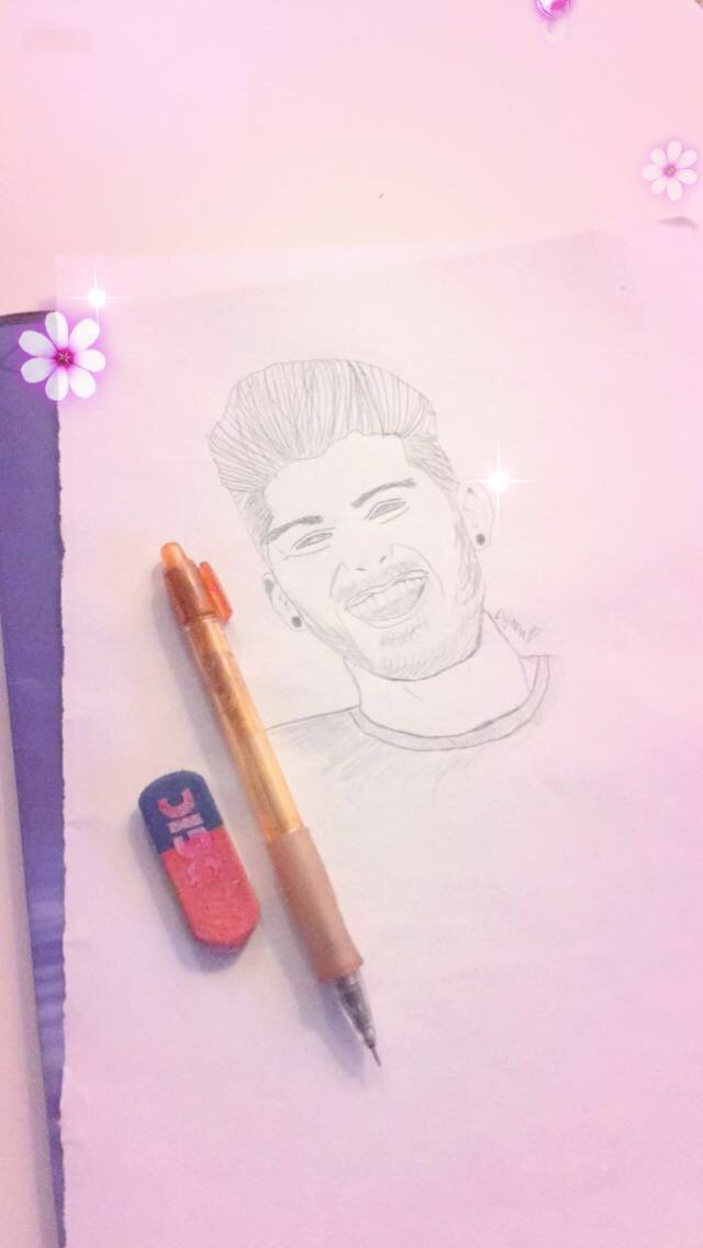 When you don&#39;t know how to draw, but Zayn is ur bae so you gotta try   #DTD100Million #likeforfolow <br>http://pic.twitter.com/pnkArQmnN5