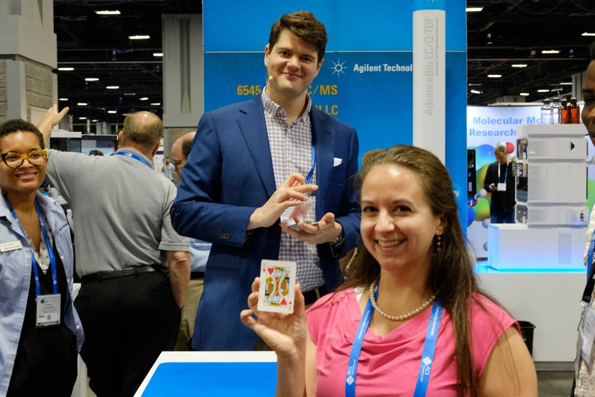 How to Start a Conversation with Trade Show Attendees -  http:// gathercrowds.com/blog/how-to-st art-a-conversation-with-show-attendees/ &nbsp; …  #tradeshows #tradeshow #marketing #magic #ROI <br>http://pic.twitter.com/RQSOfJwa2h