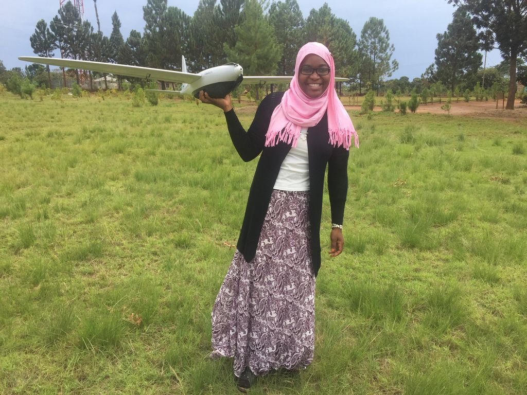 Tanzania Flying Labs&#39; Khadija Abdulla Ali was recently interviewed by @WomenandDrones about her work flying #drones  http:// womenanddrones.com/2017/09/drone- mapping-africa/ &nbsp; … <br>http://pic.twitter.com/BeL9nfA6y9