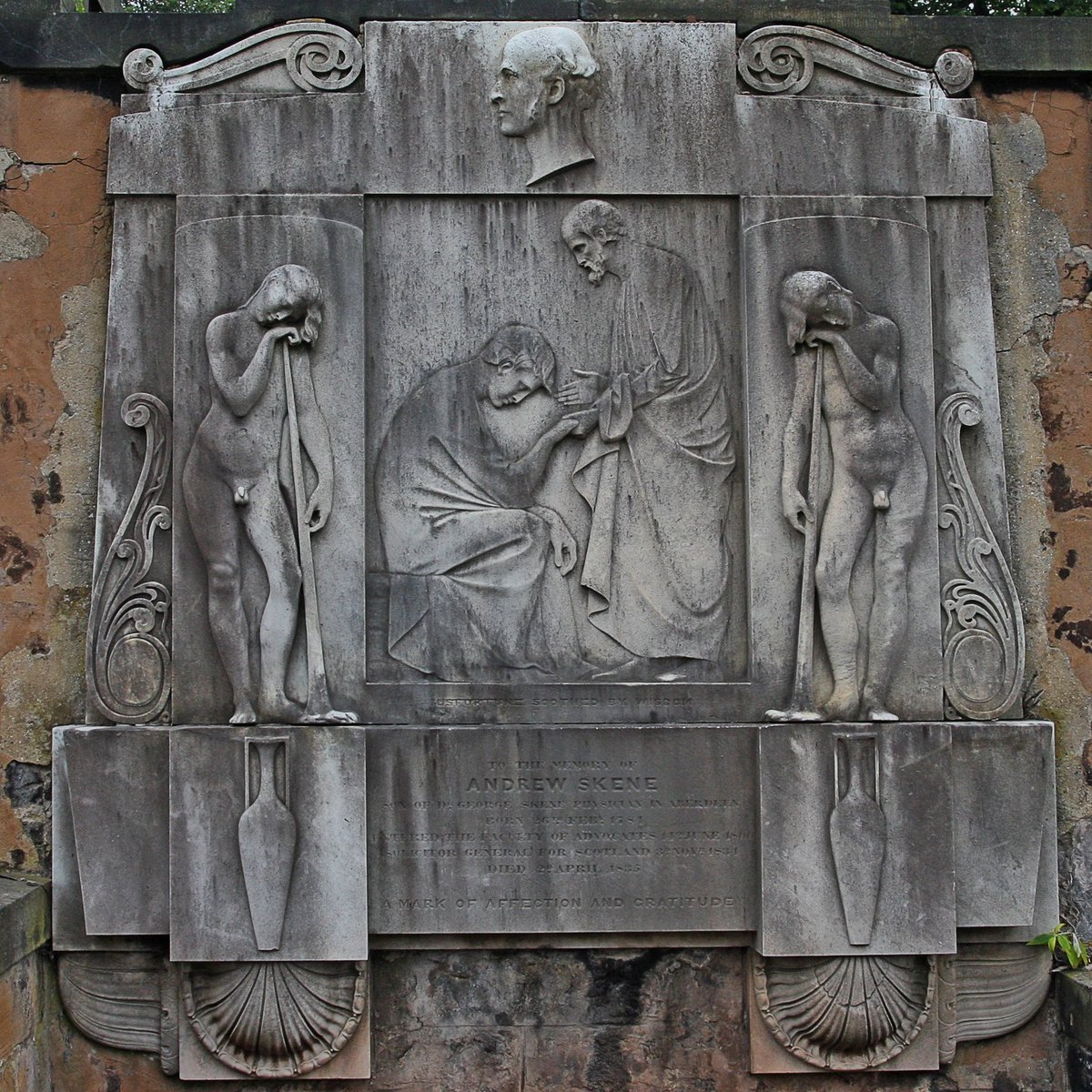 Tombs with a view   The 5 graveyards within #Edinburgh&#39;s #WorldHeritage Site offer fascinating insight into the city&#39;s history.<br>http://pic.twitter.com/am8JuG6FLI