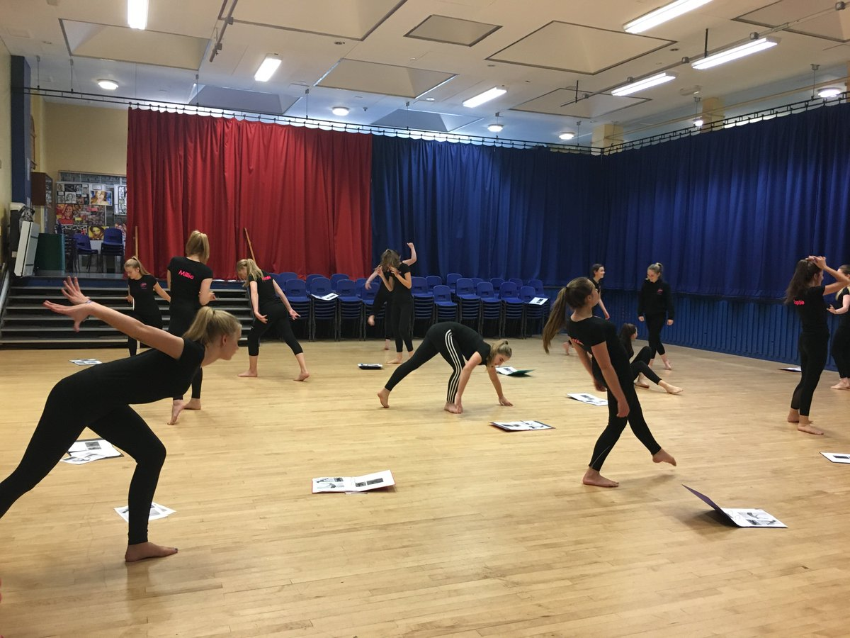 My amazing Y10 dancers working on motif development...such talent @AGS_Wirksworth @GELL_PE #talent #excited<br>http://pic.twitter.com/a4Tw6XPZyv