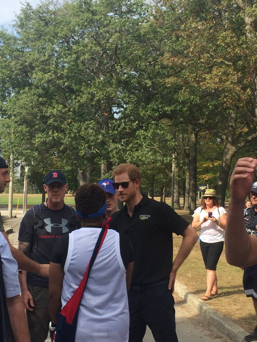 Prince Harry at the invictus cycling event in High Park #invictus2017 #games #PrinceHarry #Toronto #momlife #torontolife<br>http://pic.twitter.com/kTSqCc6gs5