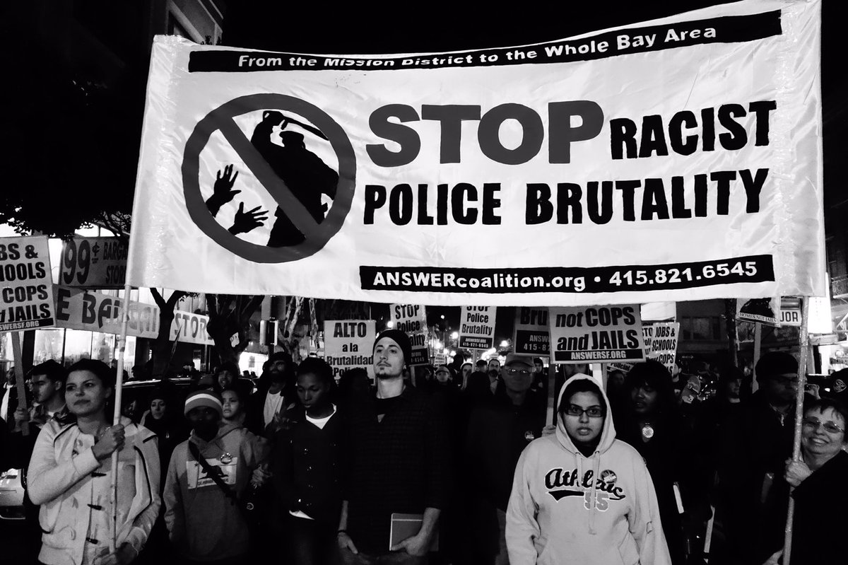 Horrifying!  #Police getting away with murder.  #NoConsequence #IStandWithPOC #RacistPoliceBrutality #StopItNow<br>http://pic.twitter.com/CYSABNfBZm