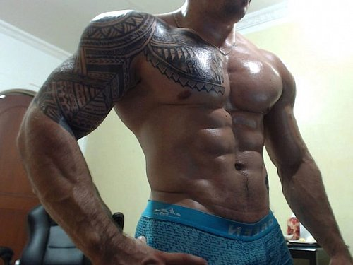 RT @JockMenLive: Big and Thick Mateo G See him on #gaycam at https://t.co/zDbZsDyOz5 https://t.co/KPE0vks7mx