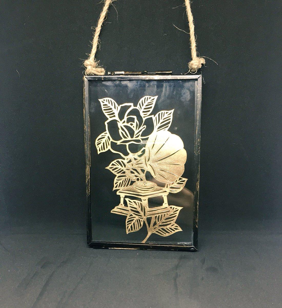Loving my designs in gold    https://www. etsy.com/uk/listing/533 454588/traditional-tattoo-design-gramophone &nbsp; …   #handmadehour #craftbuzz #itschristmas #etsygifts #handmade #traditionaltattoo #home<br>http://pic.twitter.com/gd9aVf4ZlD