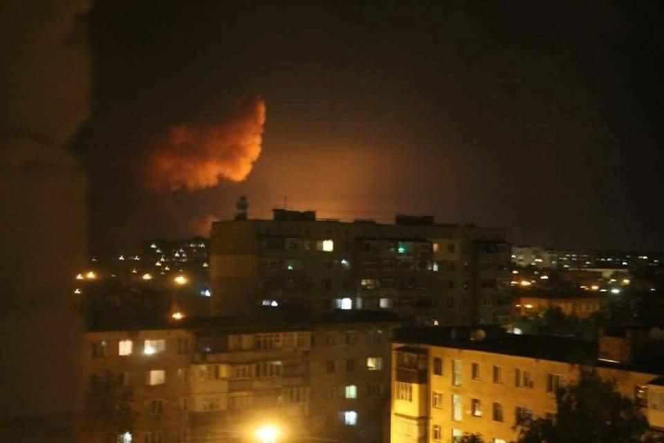 Муженко и группа офицеров выехали в Калиновку в связи с пожаром на складах боеприпасов, - Генштаб ВСУ - Цензор.НЕТ 8858